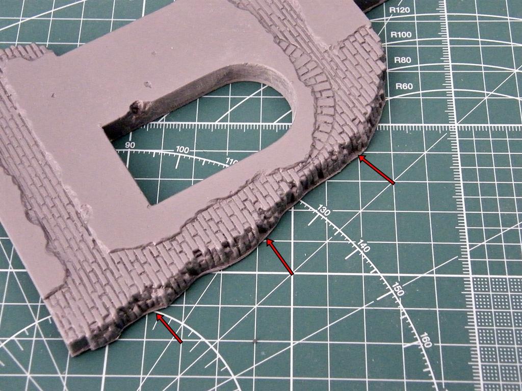 Montage d'une maison en ruine Miniart  DSCF3355