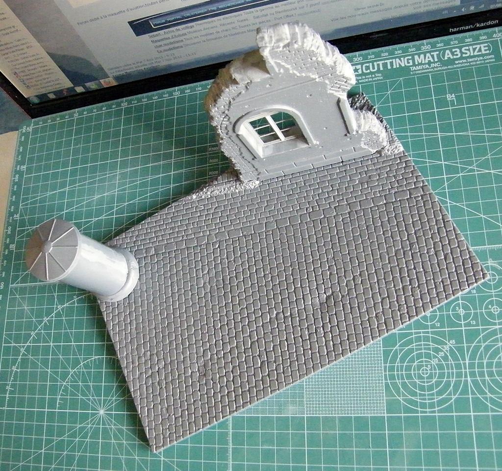 Montage d'une maison en ruine Miniart  DSCF3565