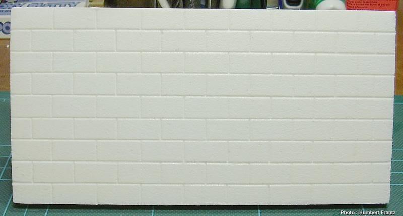 Fabriquer un Mur en Parpaing en Carton Plume P10300142
