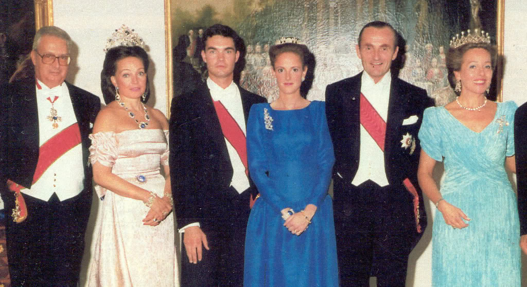 Familia Real de Baviera | Actualidad - Página 2 DianaW-2