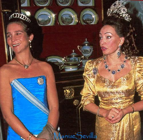 Casa Real de España - Página 8 InfElenacirculos01