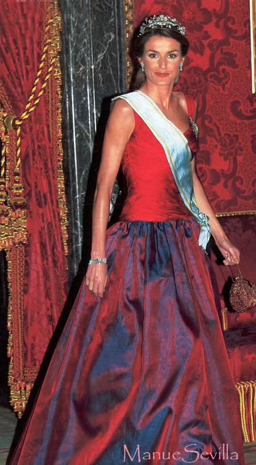 Casa Real de España - Página 6 Letiziaflora02.msl