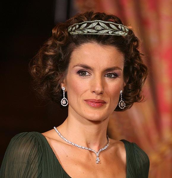 Casa Real de España - Página 10 Letiziamontaje02