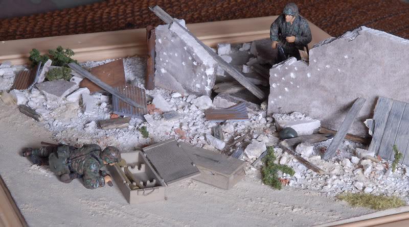 Grenadier aux champignons (1:35) Ruines1