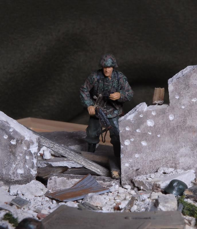 Grenadier aux champignons (1:35) Ruines4