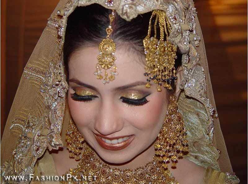 Bridal Jewellery...!! Je7
