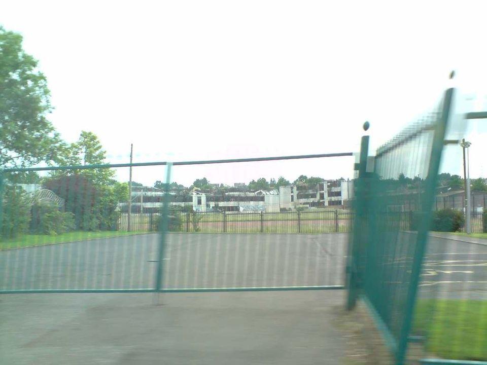 My old high school P090708_1816