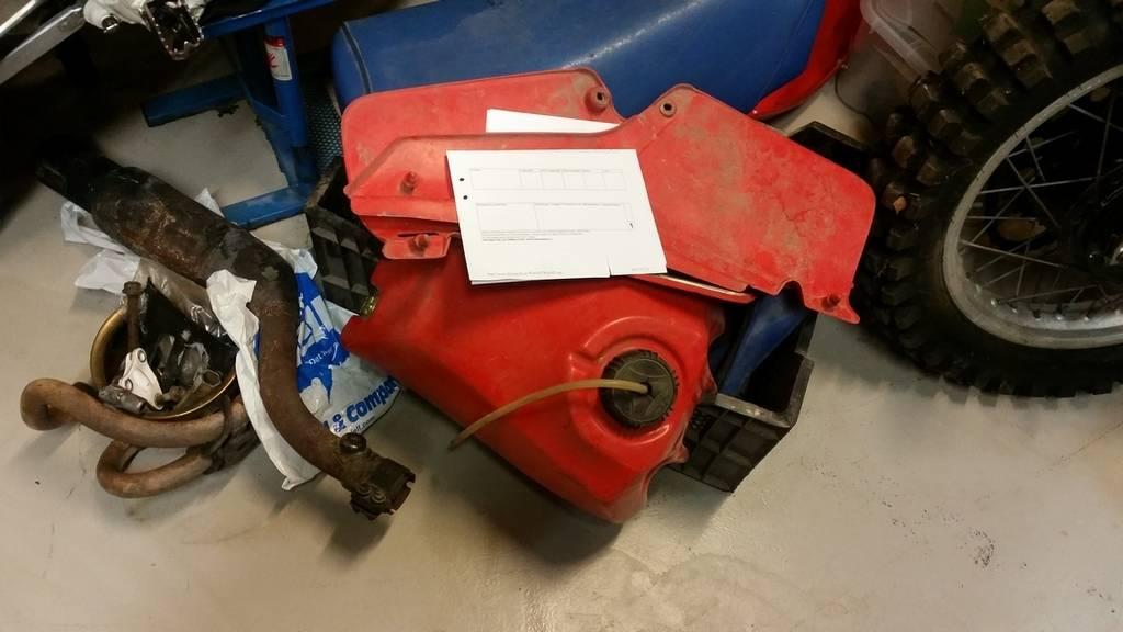 Honda XR 500 R - 1982 20150404_203411%20W1080_zpshrfc82pb