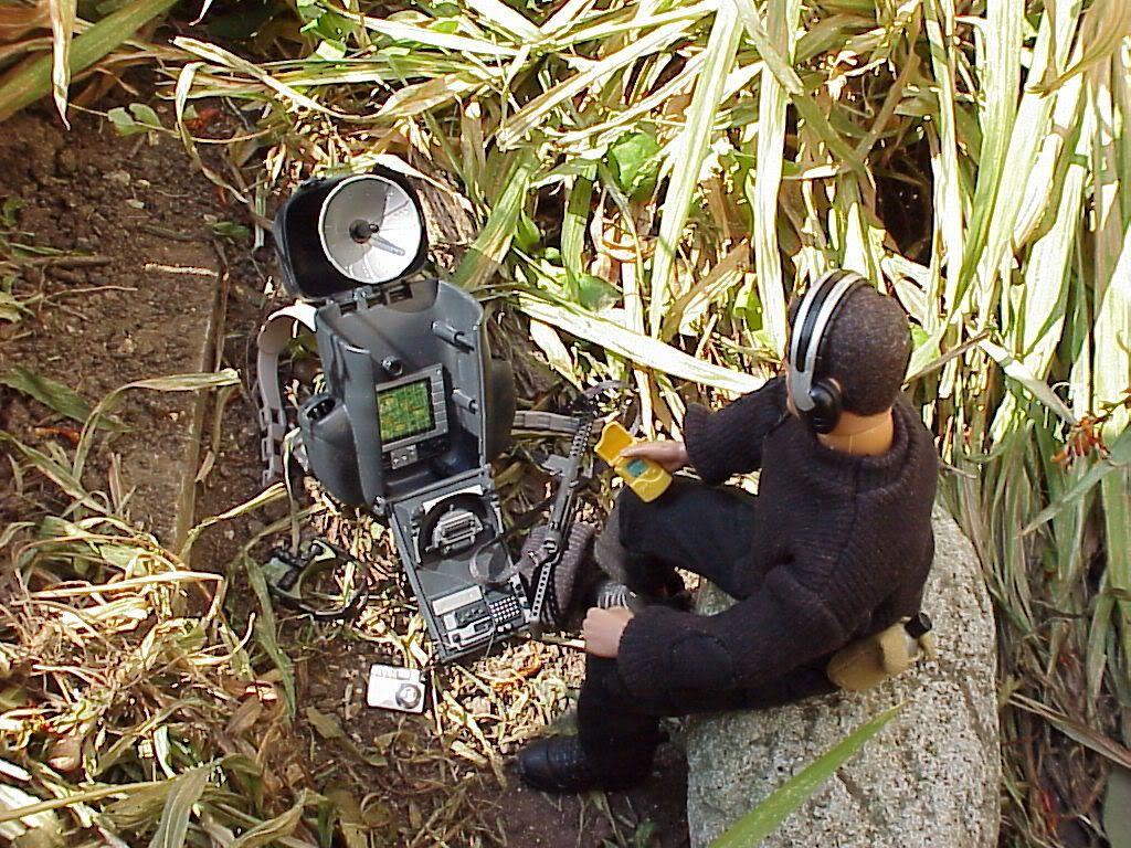 Mission to Spy Island MVC-635X