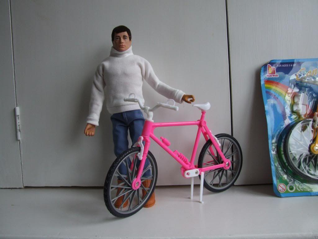 On yer bike!! DSCF3641_zpsca75d177