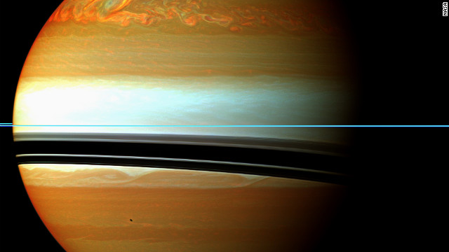 Interplanetary climate change: Rare, enormous gas storm detected on Saturn 121026013910-saturn-story-top