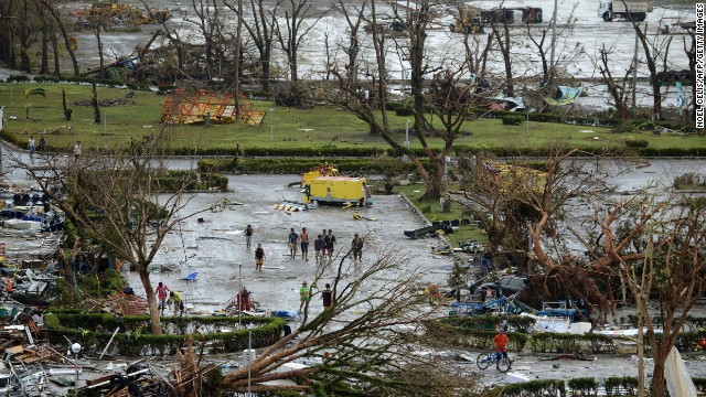 'Worse than hell' in typhoon-ravaged Philippines  131109090019-15-typhoon-1109-horizontal-gallery