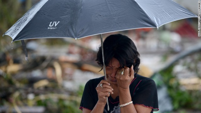 'Worse than hell' in typhoon-ravaged Philippines  131109235926-02-typhoon-1110-horizontal-gallery