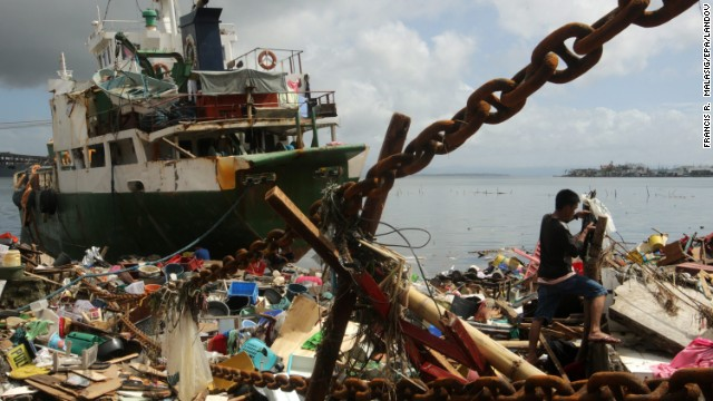 'Worse than hell' in typhoon-ravaged Philippines  131110074310-01-haiyan-1110-horizontal-gallery