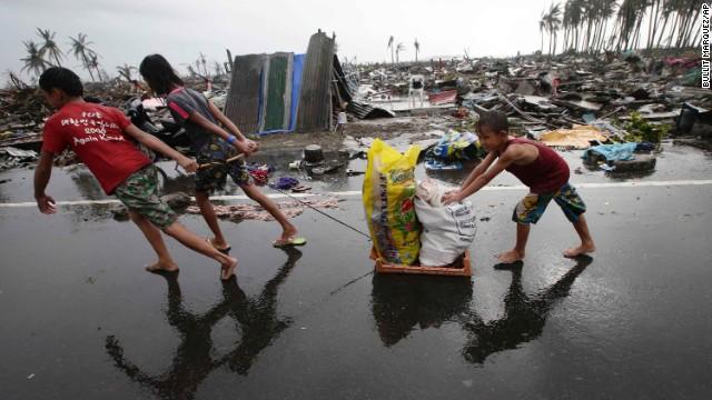 'Worse than hell' in typhoon-ravaged Philippines  131110074558-03-haiyan-1110-horizontal-gallery