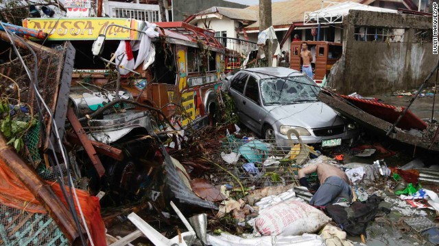 'Worse than hell' in typhoon-ravaged Philippines  131110103622-13-haiyan-1110-horizontal-gallery