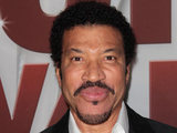 "Lionel Richie riceve l'""Humanitarian Award""  per 'We Are the World'  Showbiz_45th_cma_awards_6"