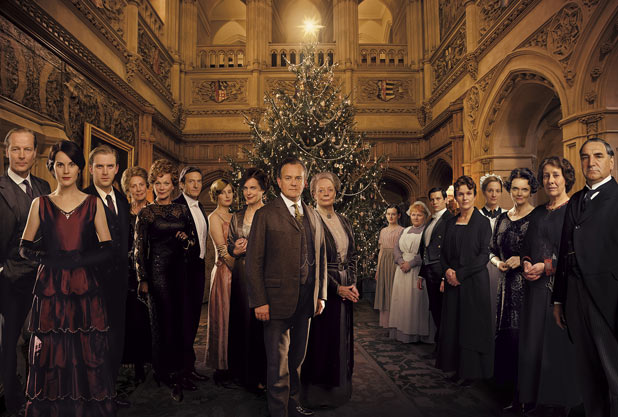 Downton Abbey - Série - Page 2 618_uktv_downton_abbey_christmas_1
