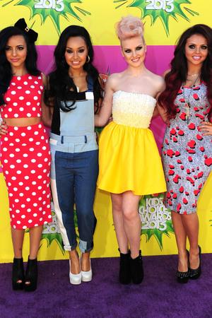 Otros artistas/famosos opinan sobre Girls Aloud - Página 6 Showbiz-kids-choice-awards-2013-4