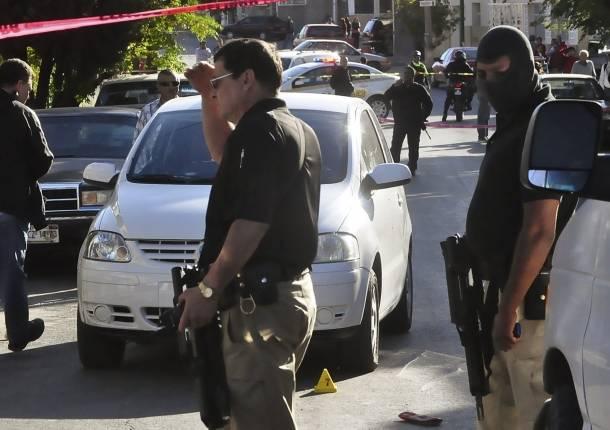 Comando Armado ejecuta a hija de 4 añoS Ataque-a-comandante-de-chihuahua-610x430
