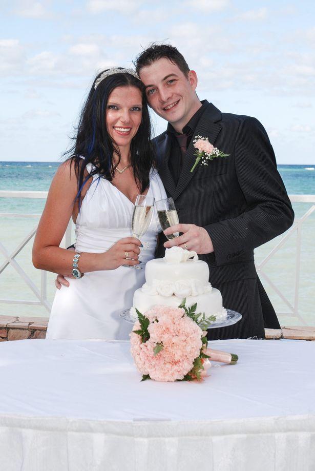 ¿Te quedarías con tu pareja si se cambiara de sexo? PAY-TRANSGENDER-MARRIAGE