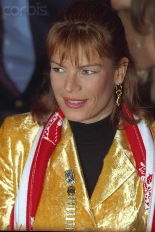 Estefanía de Mónaco - Página 2 1998