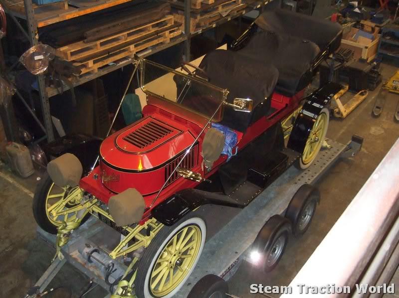 Stanley steam car at STW April023-1