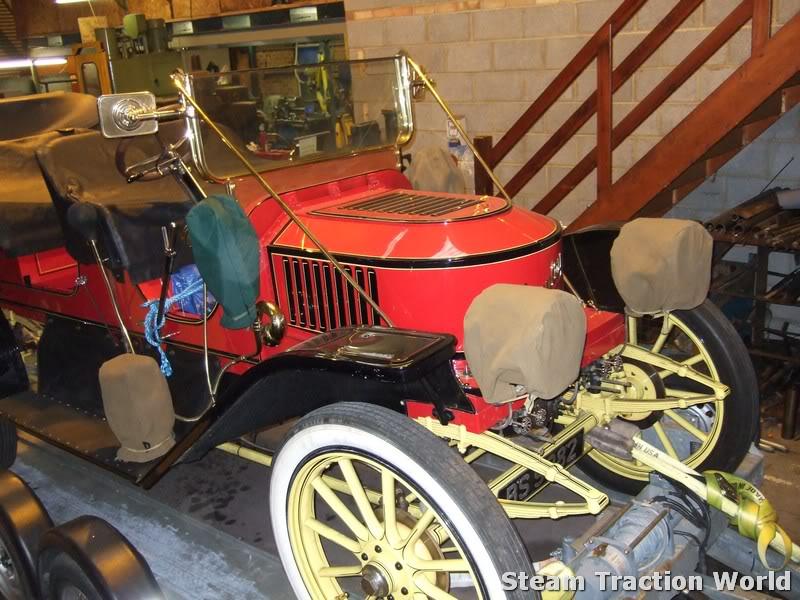 Stanley steam car at STW April028