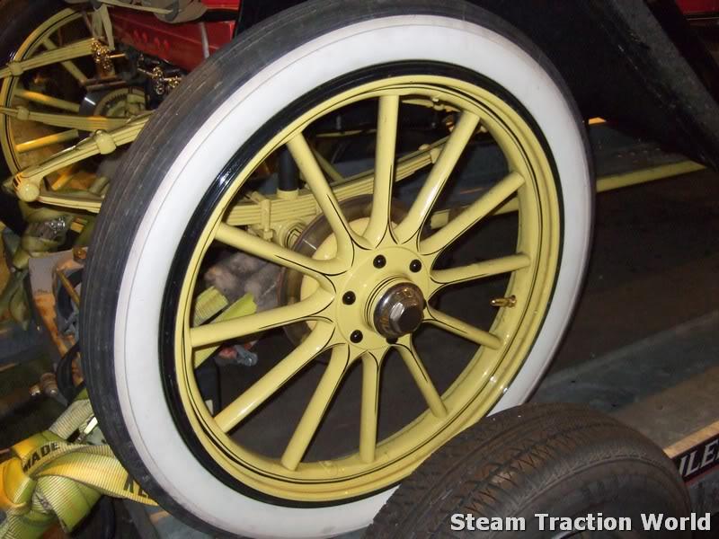 Stanley steam car at STW April029-1