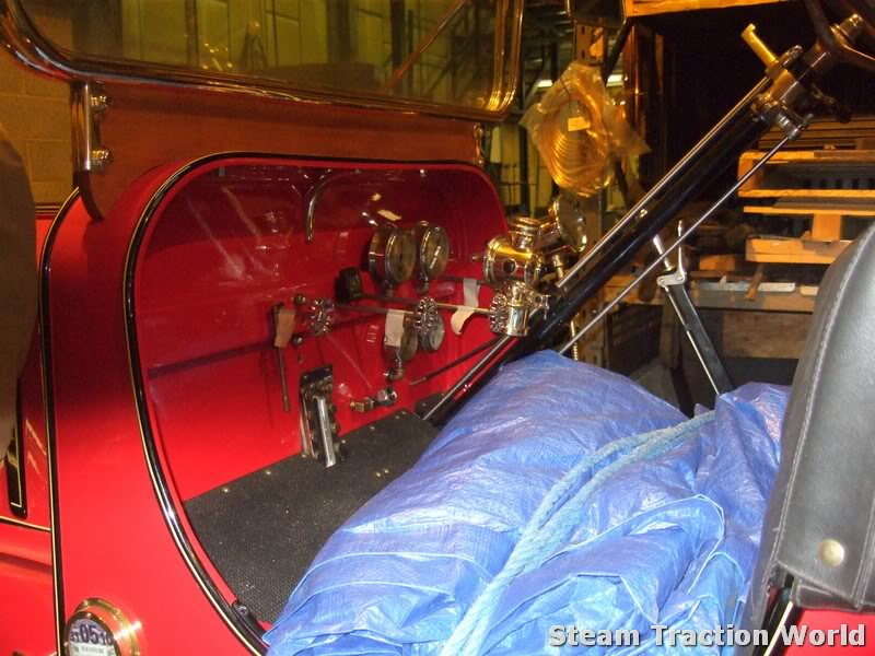 Stanley steam car at STW April030-1