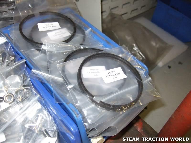showmans/roadloco cylinder accessories kit Work029
