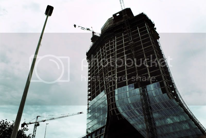 [Architecture] CMA CGM by Zaha HADID (Work in Progress) DSC02384ModifFORUM