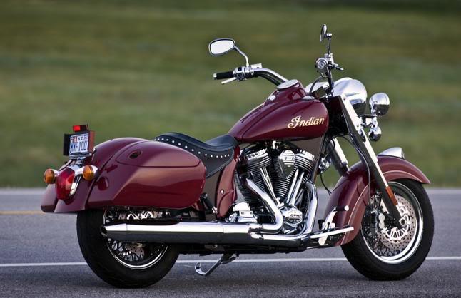 2009 Indian Motorcycles (Chief, Deluxe & Roadmaster) 2009Chiefdeluxehardbagsred