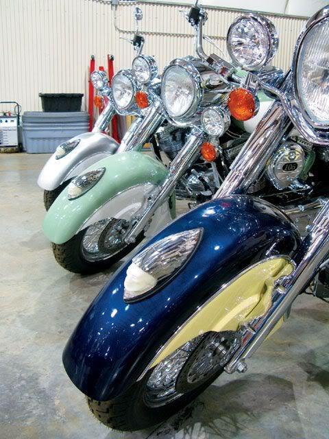 2009 Indian Motorcycles (Chief, Deluxe & Roadmaster) 2009IndianChiefDeluxe