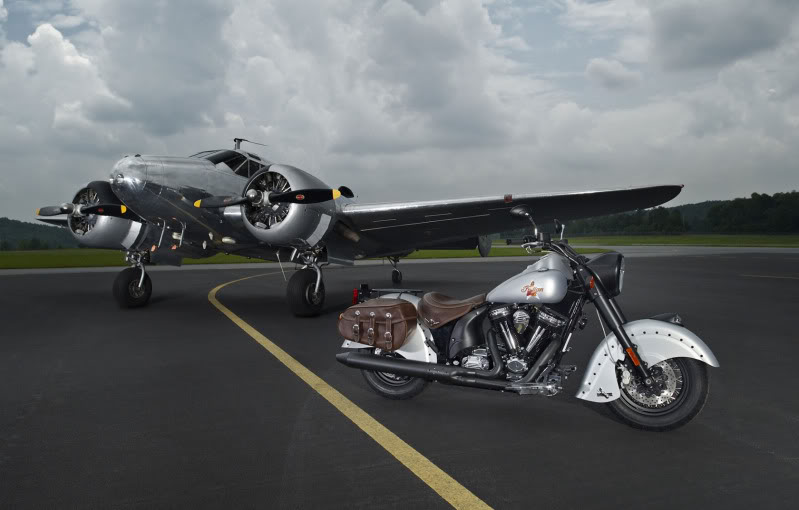 """2010 Indian Chief """"Bomber"""" Special Edition 2010IndianChiefBomberLimitedEdit-3"""