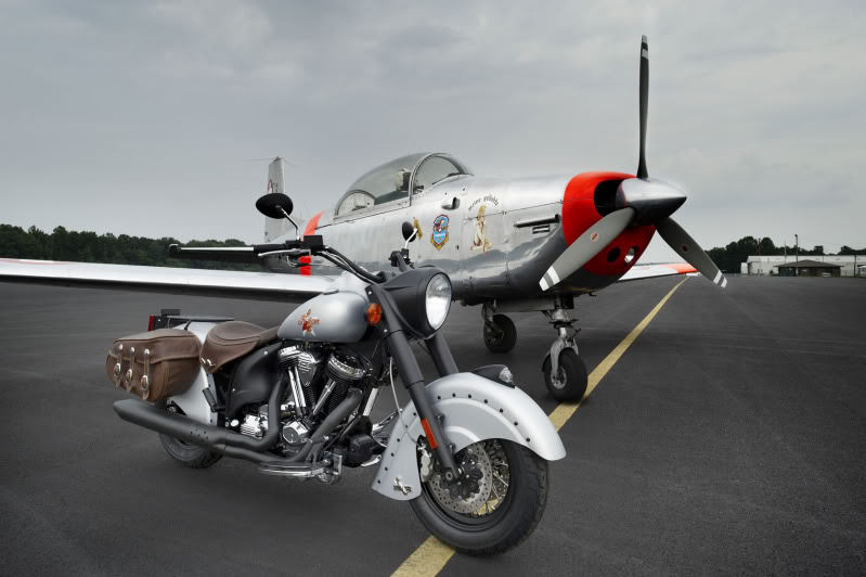 """2010 Indian Chief """"Bomber"""" Special Edition 2010IndianChiefBomberLimitedEdit-4"""