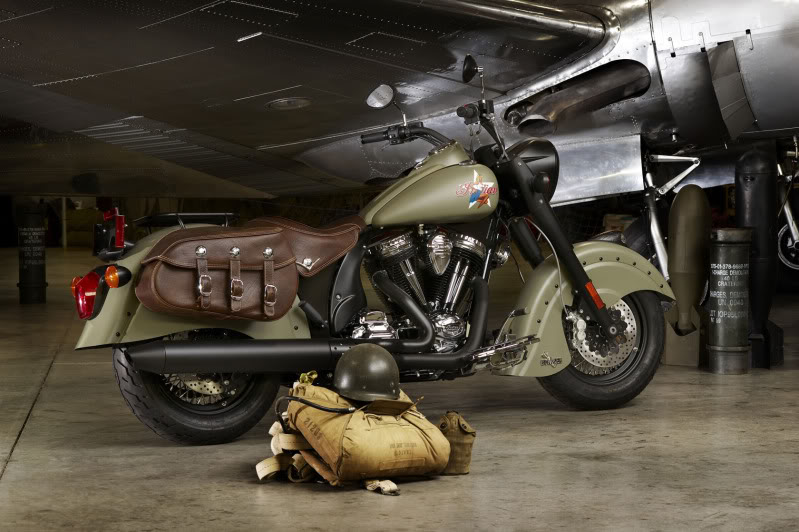 """2010 Indian Chief """"Bomber"""" Special Edition 2010IndianChiefBomberLimitedEdit-5"""