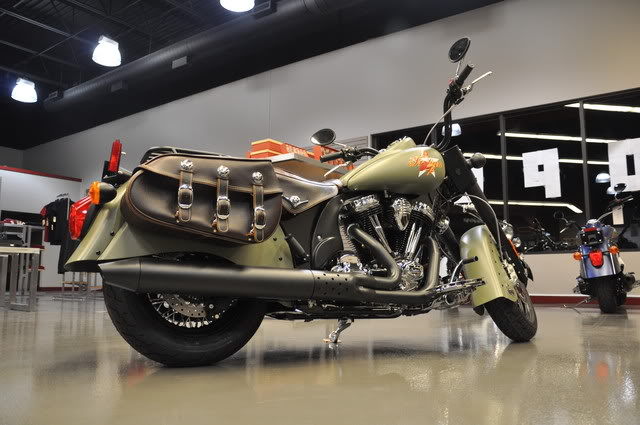 """2010 Indian Chief """"Bomber"""" Special Edition Bomberexhaust"""