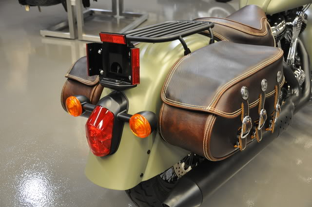 """2010 Indian Chief """"Bomber"""" Special Edition Bombersaddlebag2"""