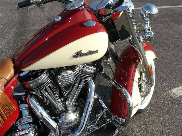 2009 Indian Chief Vintage Model (red and cream) ChiefVintage90c