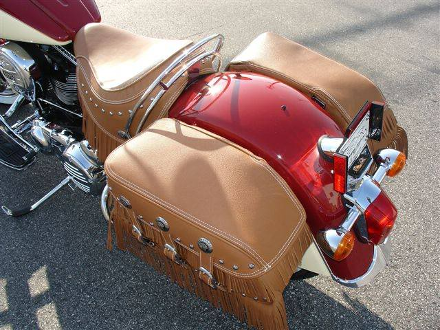 2009 Indian Chief Vintage Model (red and cream) ChiefVintage90d