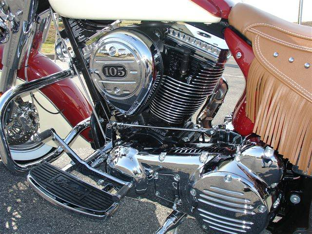 2009 Indian Chief Vintage Model (red and cream) ChiefVintage90g