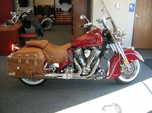 Indian Chief Vintage Model (red) 2009ChiefVintage17indianRedtanbags