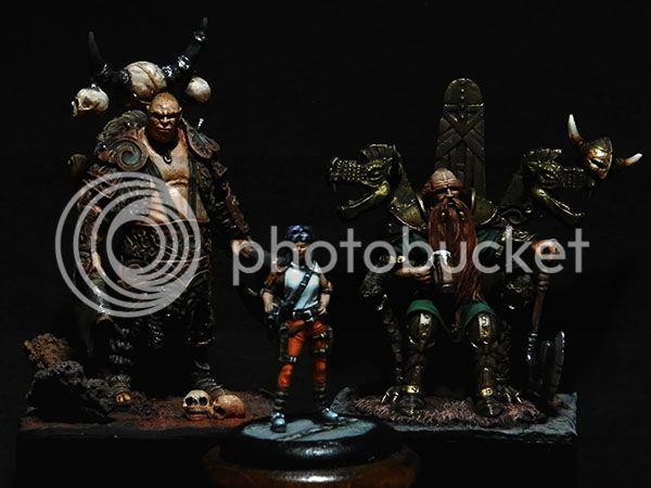 Foto de familia de personajes creados por nuestro compañero Rafa. P9250144