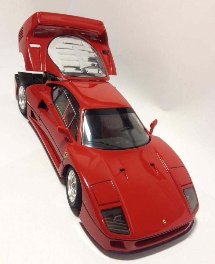 Ferrari F40 - Concluída. 001