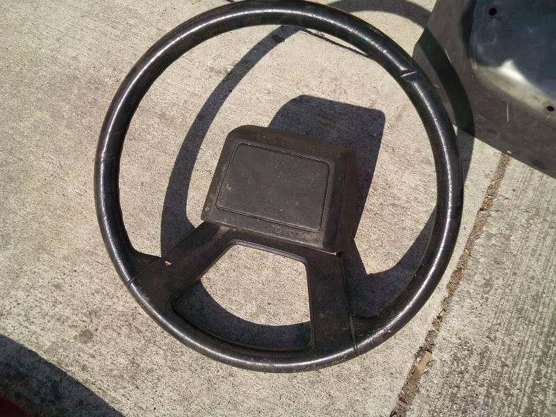 Stock AE86 Steering Wheel Kdk_0416