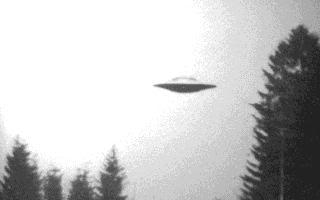 تحطم جسم غريب في روزويل Ufo1
