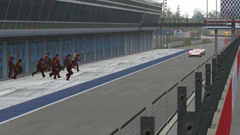 15 Monza - Ferrari 330 P4 AutodromoNazionalediMonza_7-1_zpsa8d9192e