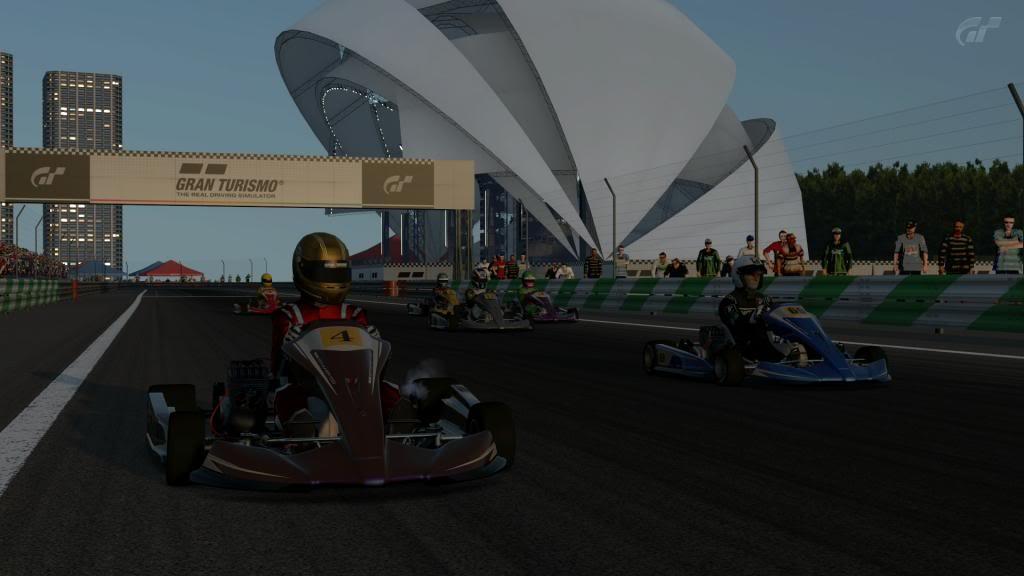 Todo listo para la primera carrera del Campeonato Regular de Gran Turismo 5 BahiacuteadeTokiokarts_zpsa30f2bb1