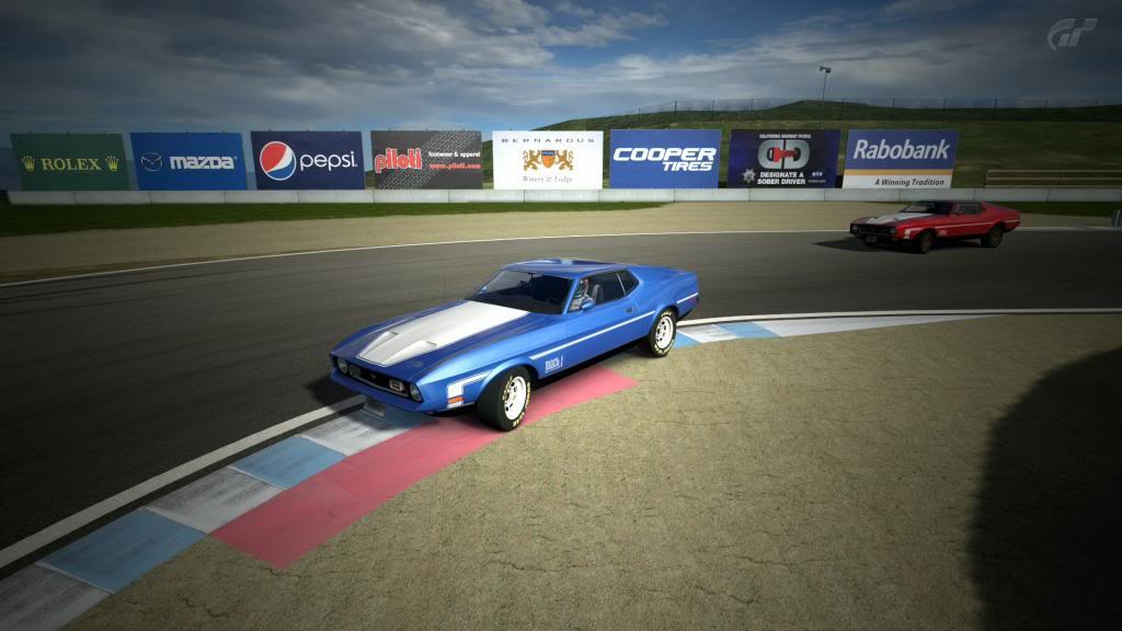 06 Laguna Seca - Ford Mustang LagunaSecaRaceway_13_zpse49285e2